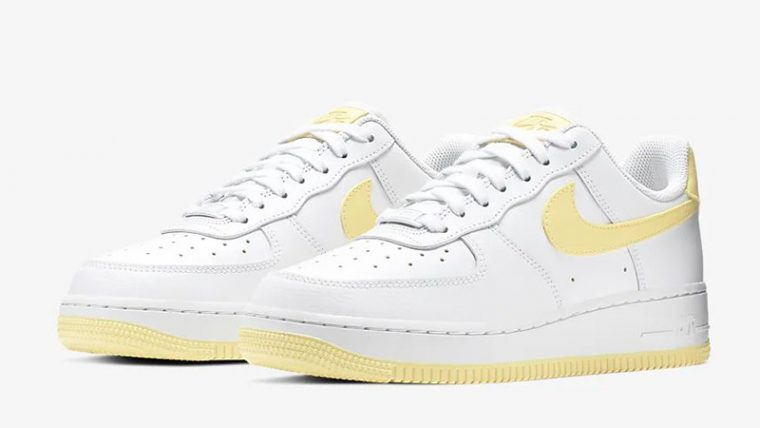 Nike Air Force AF1 yellowed soles
