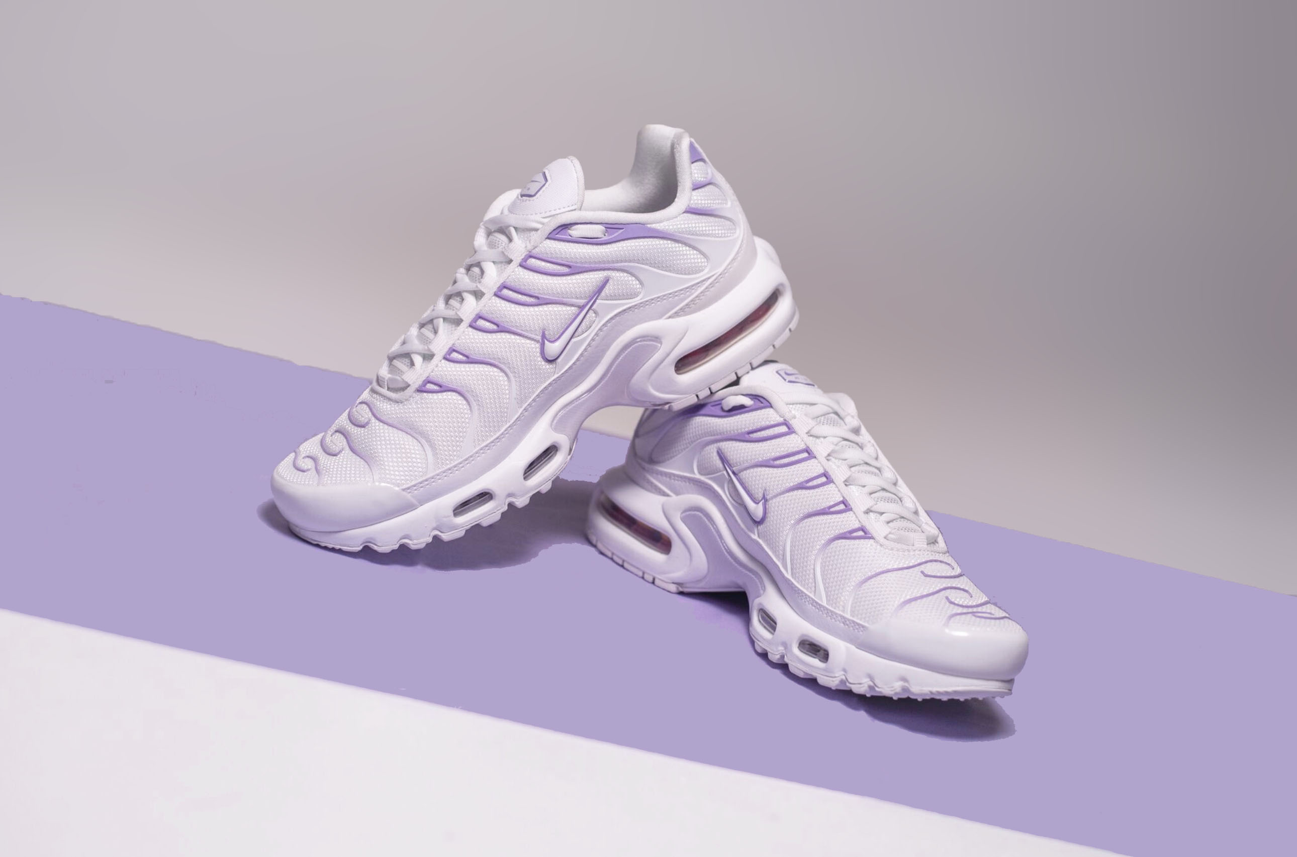 new concept 91dac c1508 An Exclusive Closer Look At The Nike Air Max Plus In Space ...