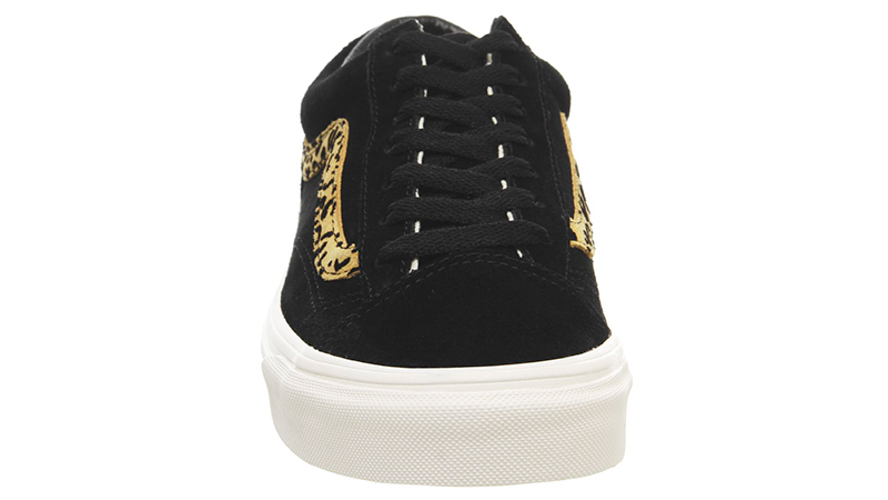 Vans Style 36 Trainers Black Taffy middle