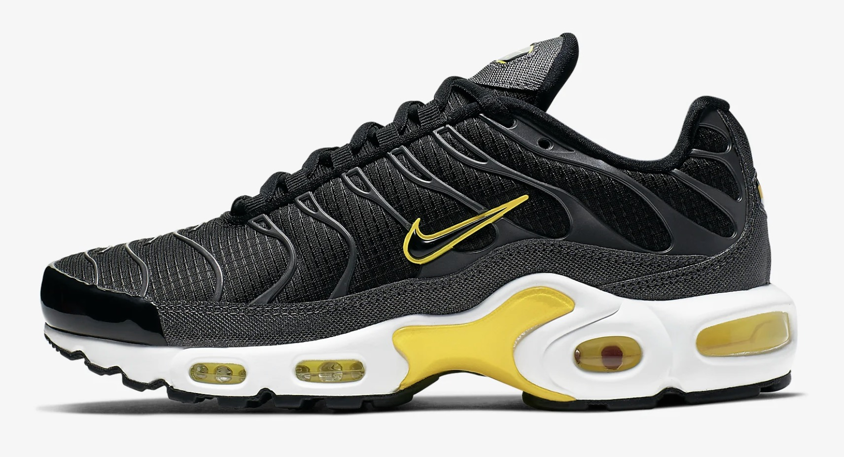 official fantastic savings cheap for discount The Nike Air Max Plus Gets A Bumblebee Look In Black & Dynamic ...