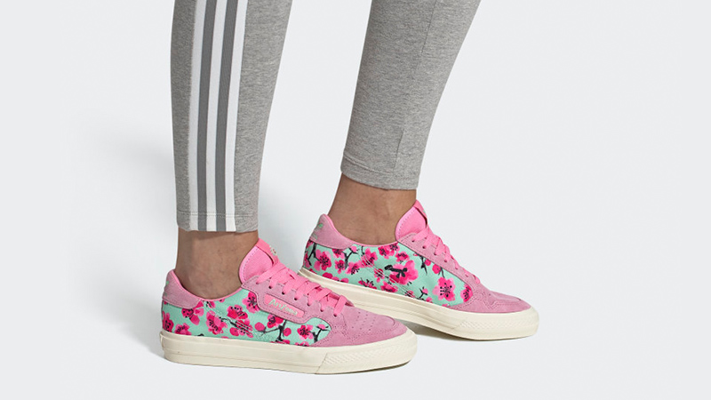 amanecer club Anciano  AriZona Ice Tea x adidas Continental Vulc Pink | EG7977 | The Sole Womens