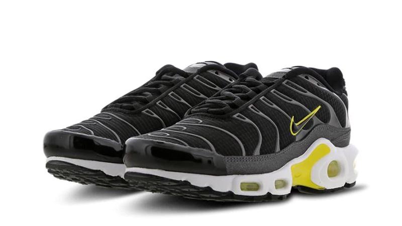 promo code a4330 29798 Nike TN Air Max Plus Black Yellow