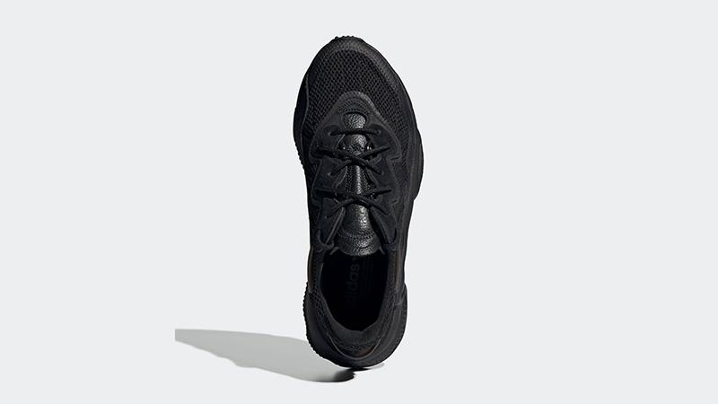 adidas Ozweego Black EE6999 middle