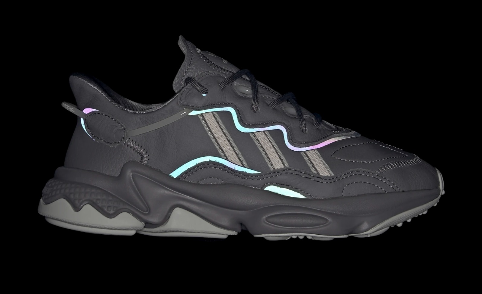 sports shoes b612a 52096 Look At The Multicoloured 'Xeno' Reflective Panels On This ...