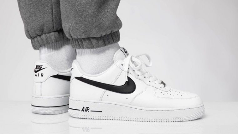 Air Force 1 07 AN20 White Black CJ0952-100 on foot thumbnail image