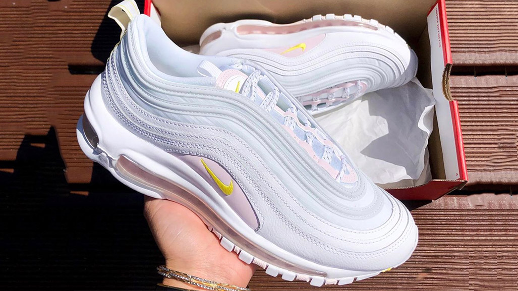 Catch The Nike Air Max 97 Opti Yellow With £50 Off Right Now