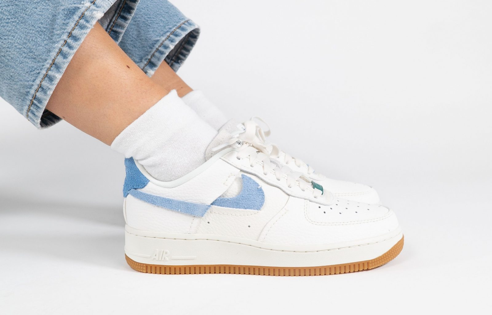 00011: Nike Air Force 1 Vandalized –
