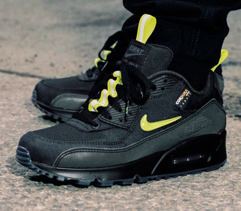 The Basement x Nike Air Max 90 Manchester front