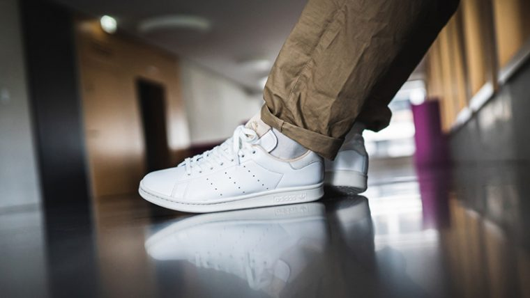 adidas Stan Smith Home of Classics White EF2099 on foot thumbnail image