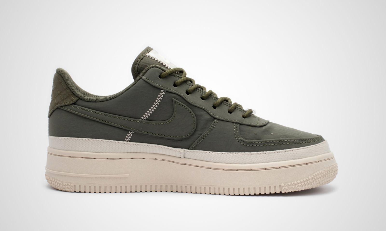 Nike Air Force 1 07 Shoes AA0287 001