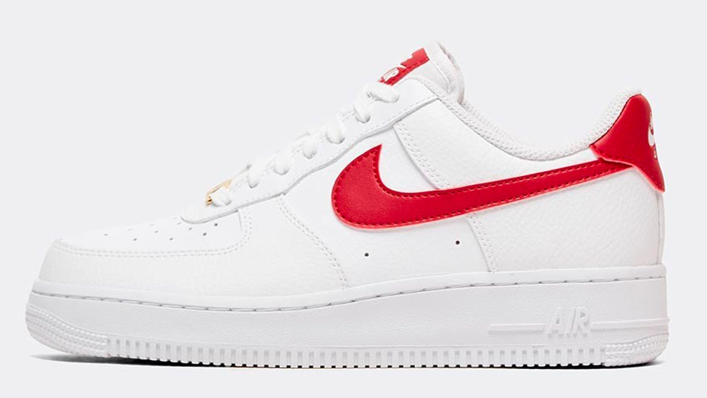 _0021_Nike Womens Air Force 1 '07 Trainer _ White _ Gym Red _ Metallic Gold