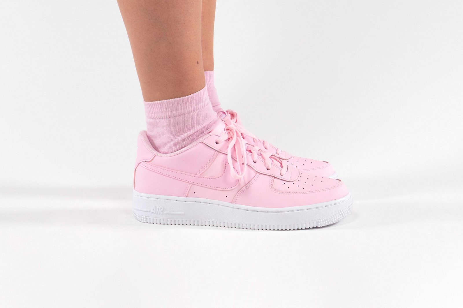 A Closer Look At The Nike Air Force 1 In Foam Pink 4
