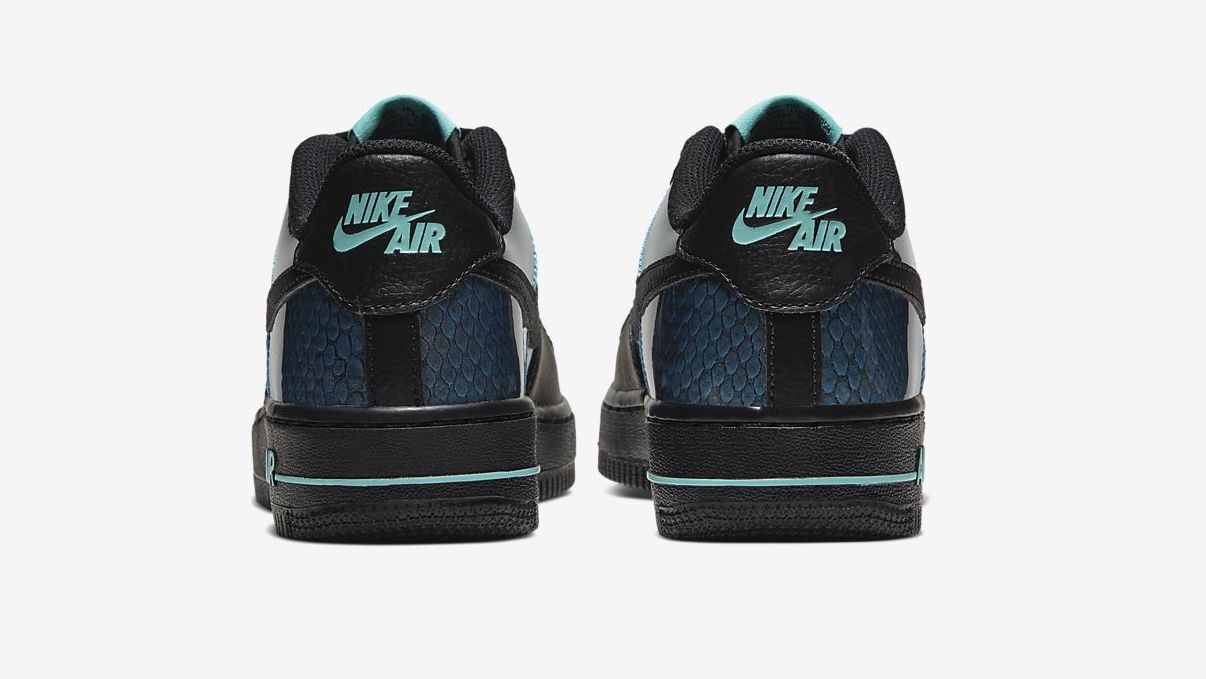 Air Force 1 Black Dragon Scale back