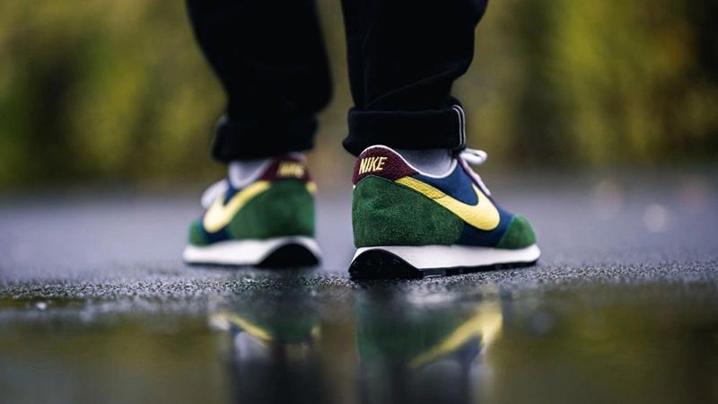 Nike Daybreak Yellow Bonsai CT3441-400 on foot back