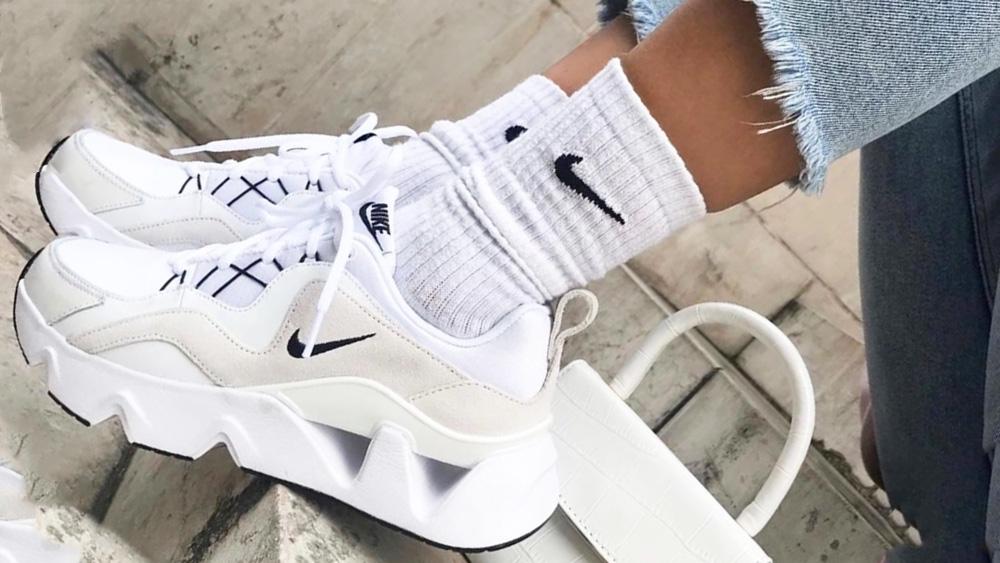popular shoes 2019 women's