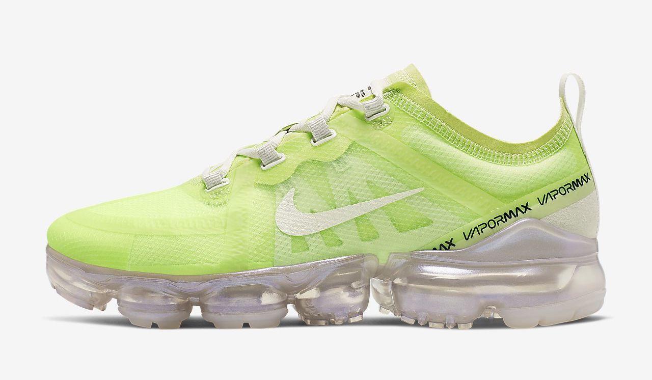 air-vapormax-se luminous green