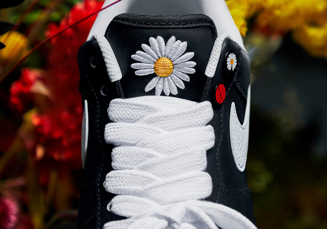 An Official Look At The Daisy Embroidered Nike x
