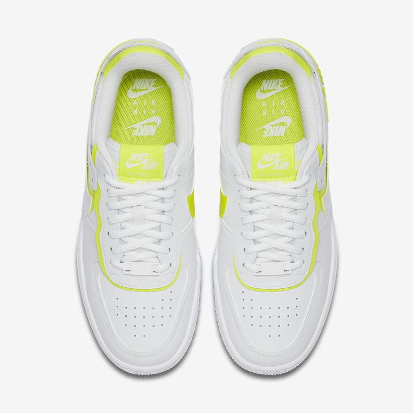 'Lemon Venom' Paints The Layers On This Nike Air Force 1 Shadow laces