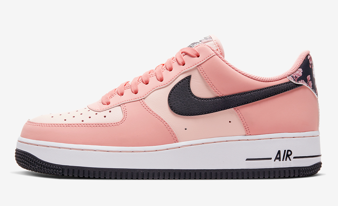 Nike Air Force 1 Pink Quartz side