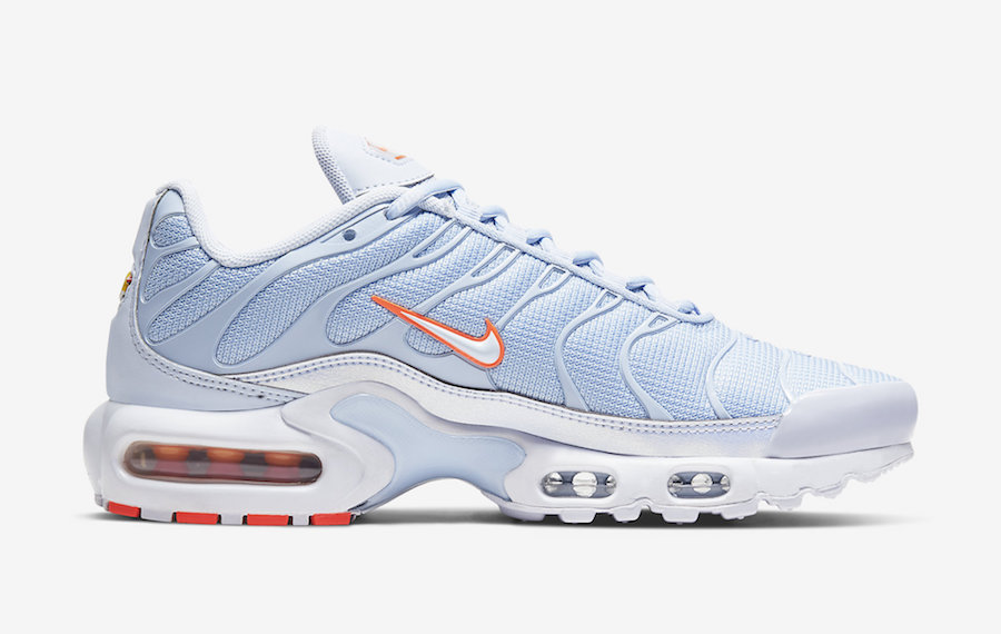 Nike-Air-Max-Plus-CV3021-400-Release-Date-4 side 3