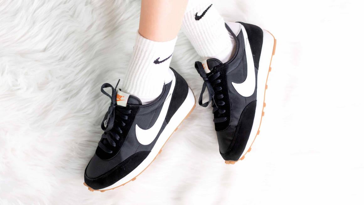 Nike Daybreak Black White Giftofvision w1160