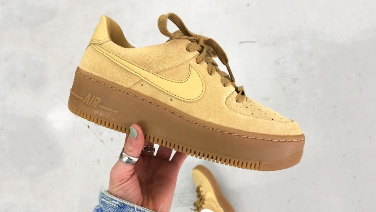 Nike Air Force 1 Sage Club Gold