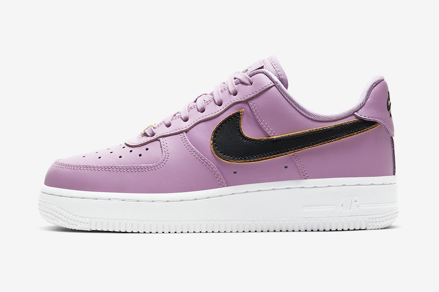 Nike-Air-Force-1-Low-Frosted-Plum side