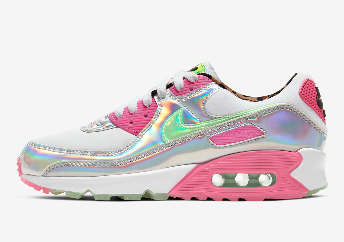 Nike Air MAx 90 Iridescent side