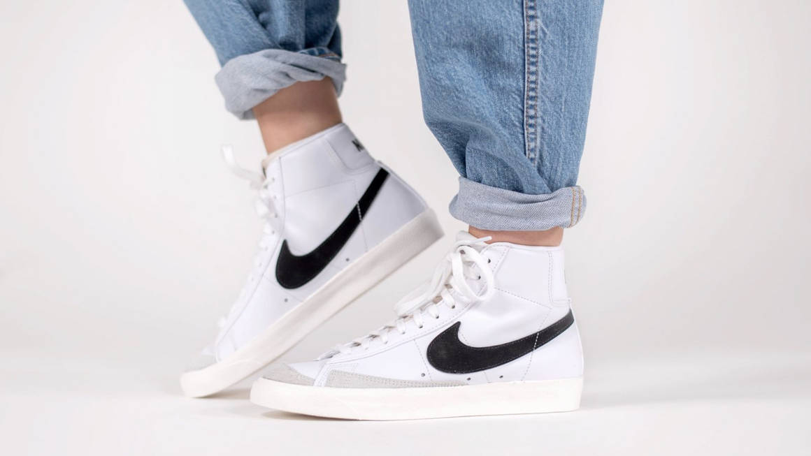 Vigilante sutil Humedad  An Exclusive Closer Look At The Nike Blazer Mid 77 Vintage White | The Sole  Womens