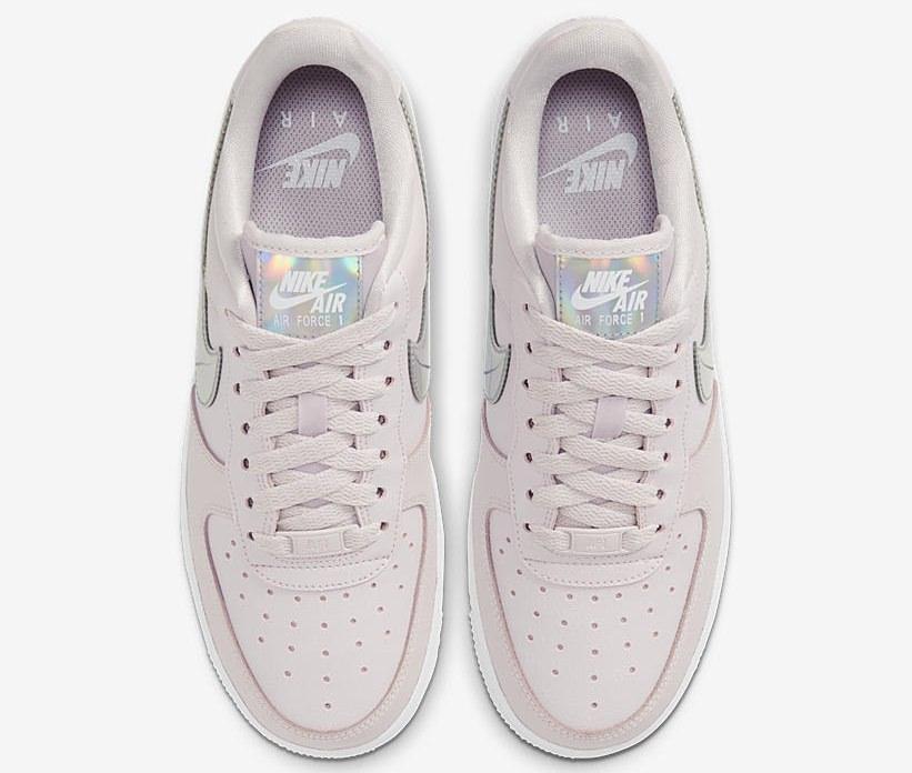Nike Air Force 1 CJ1646-600-a laces