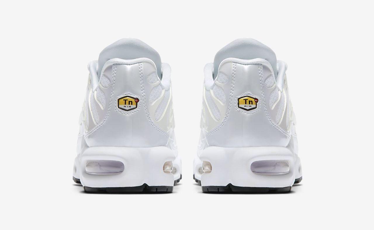 Nike Air Max Plus White back