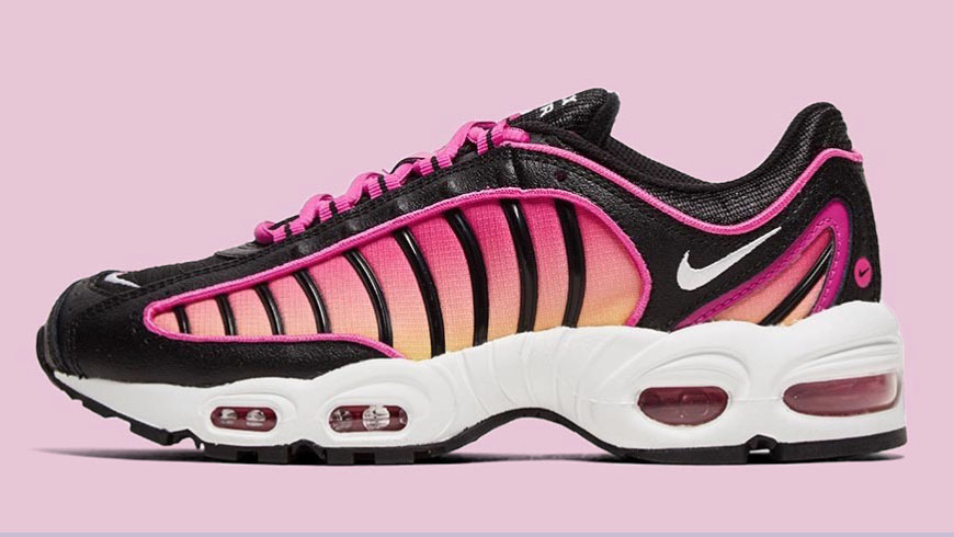 Nike Air Max Tailwind Black Fire Pink side copy