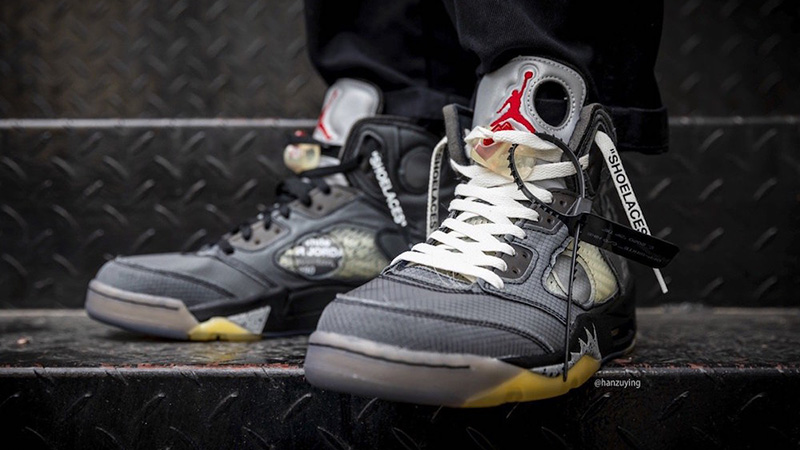 Off-White x Jordan 5 Black CT8480-001 on foot white lace