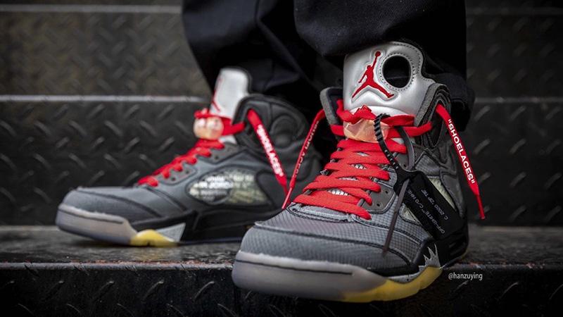 Off-White x Jordan 5 Black CT8480-001 on foot