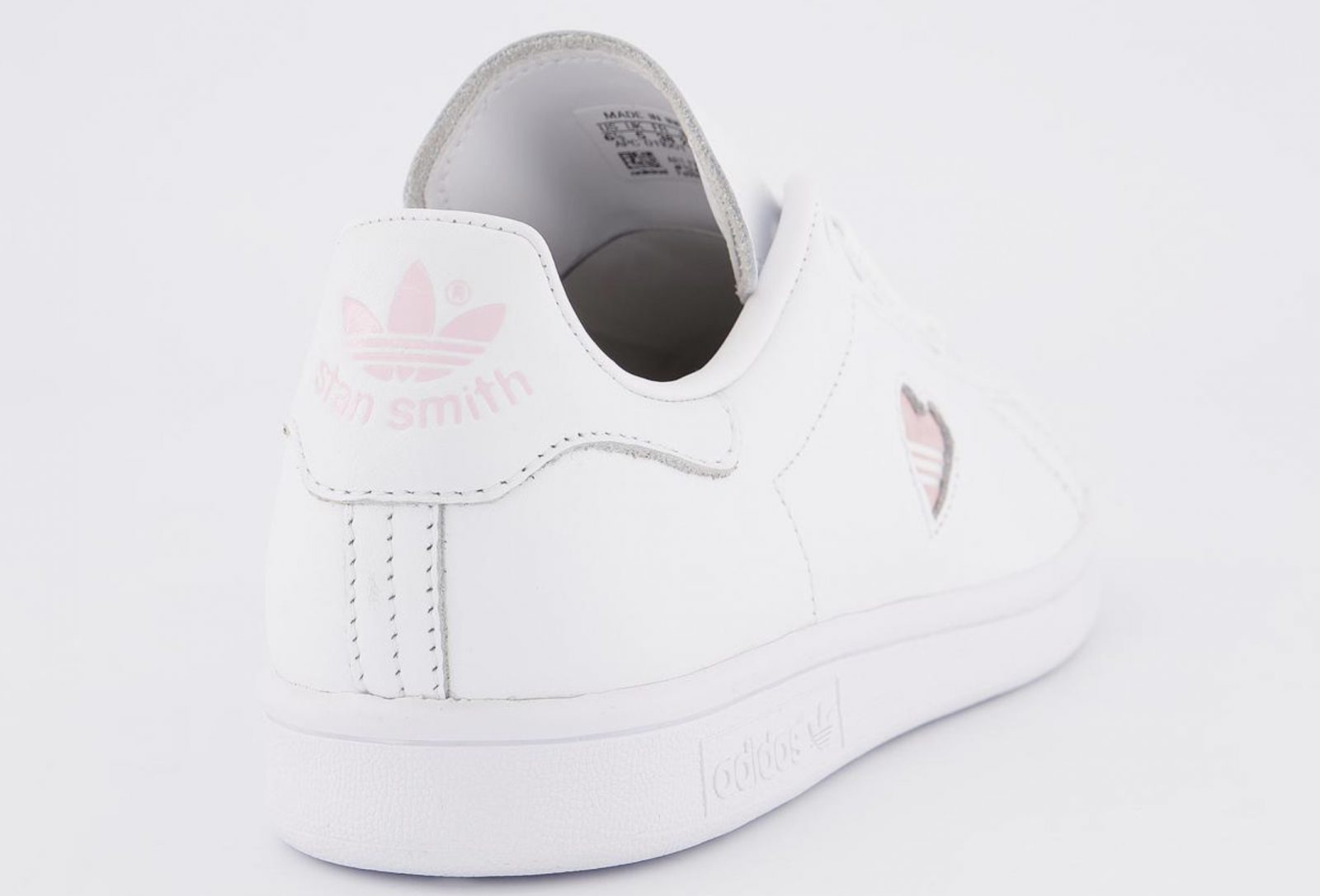 This Pretty Pink Heart adidas Stan Smith 'Valentine's Day' Just Dropped! heel
