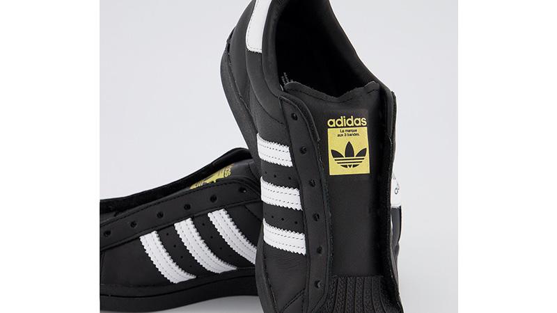 adidas Superstar Black White middle