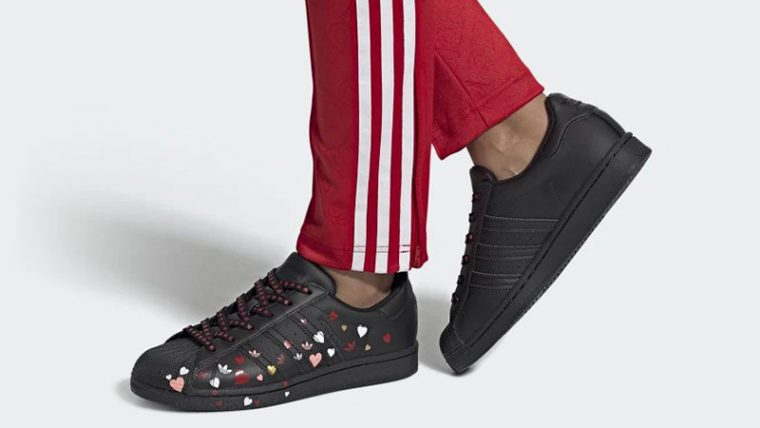 adidas Superstar Valentines Day Black FV3288 on foot thumbnail image