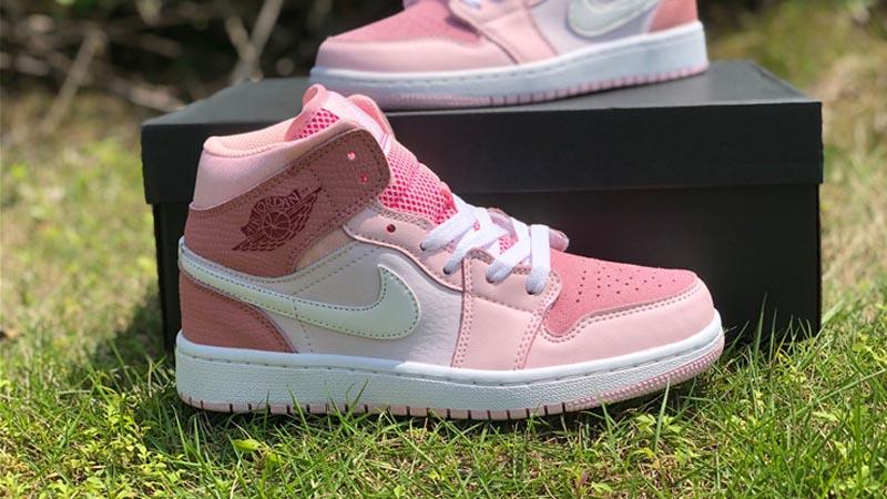Jordan 1 Mid Digital Pink On grass