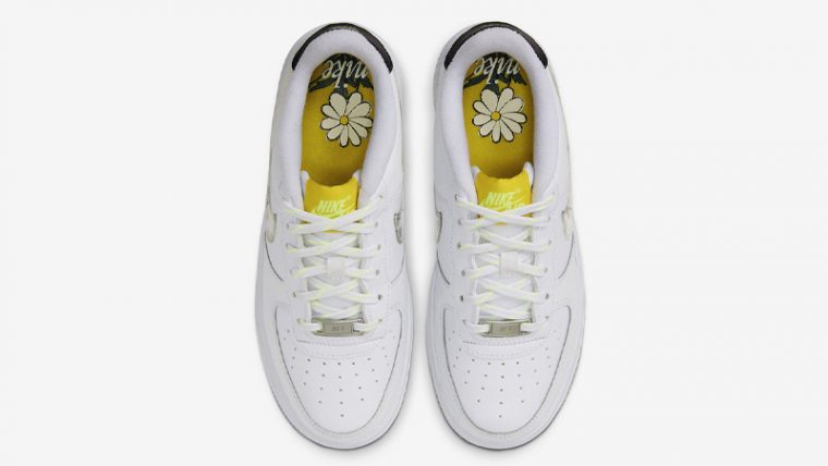 Nike Air Force 1 Daisy Pack White Middle thumbnail image