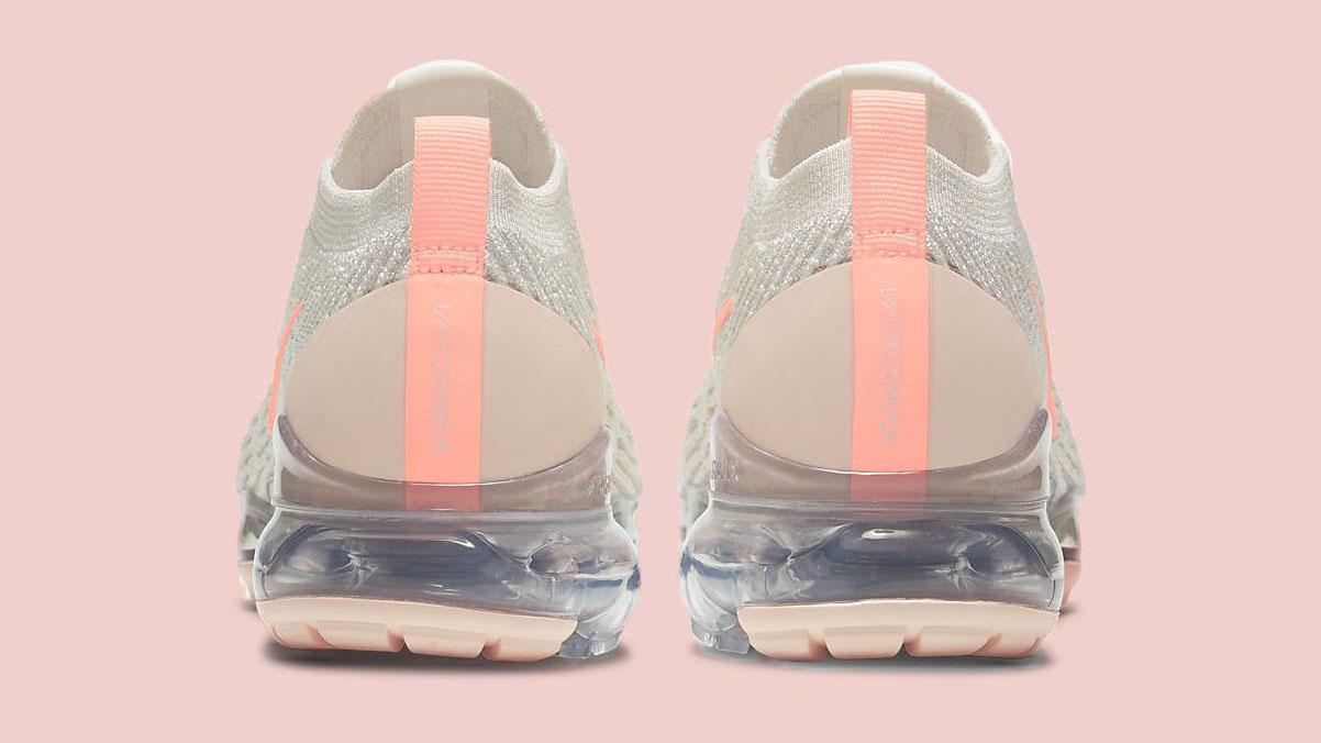 pink nike air vapormax