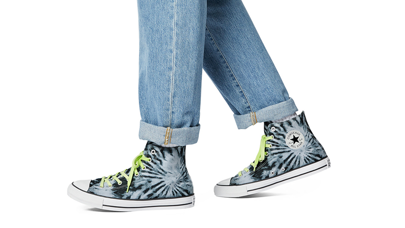 Converse Chuck Taylor All Star Twisted Vacation Black Lemongrass On Foot