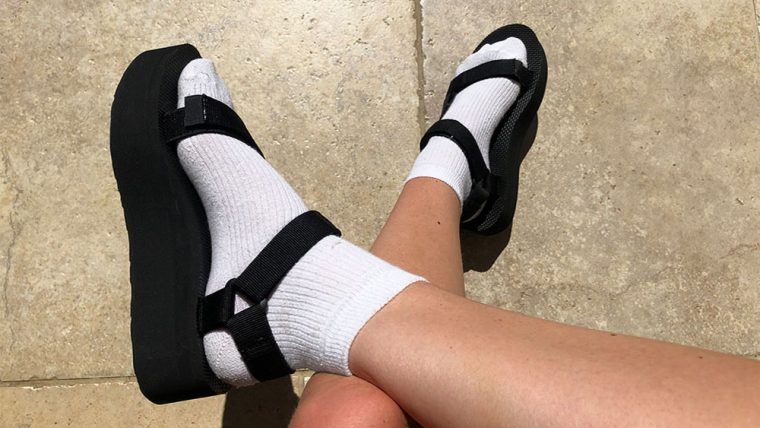 Teva Flatform Universal Black sandal feauter