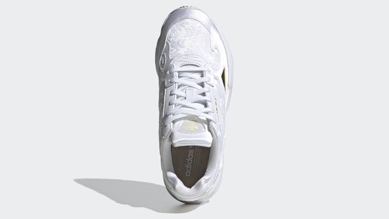 adidas Falcon Cloud White Gold Middle