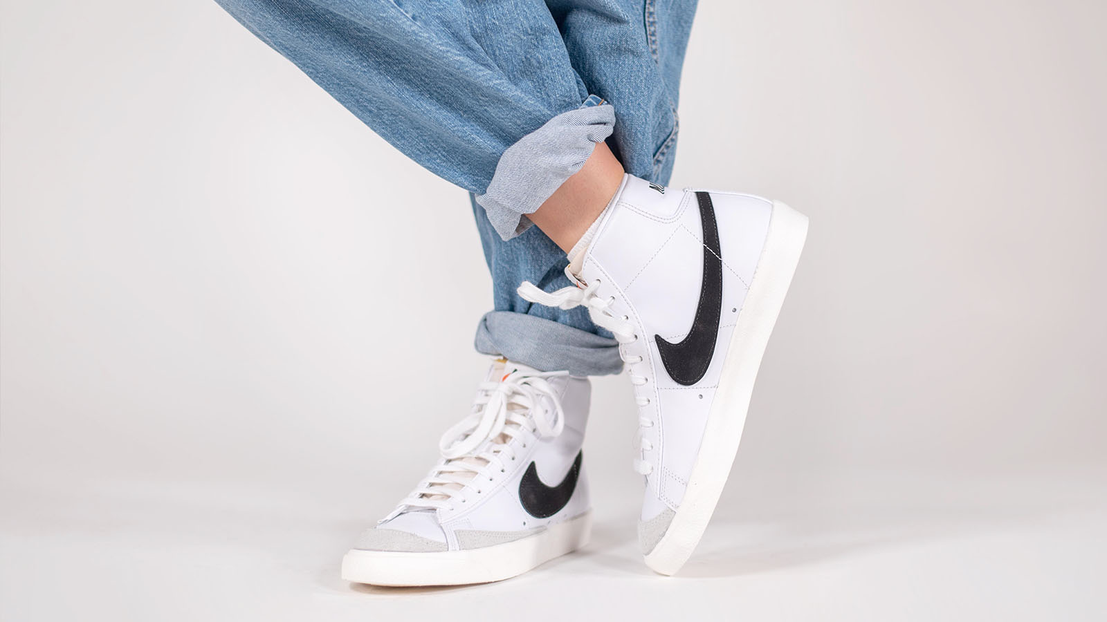 limpiar Exclusivo Repulsión  How Do Nike Blazer Mid '77 Vintages Fit And Are They True To Size? | Closer  Look | The Sole Womens