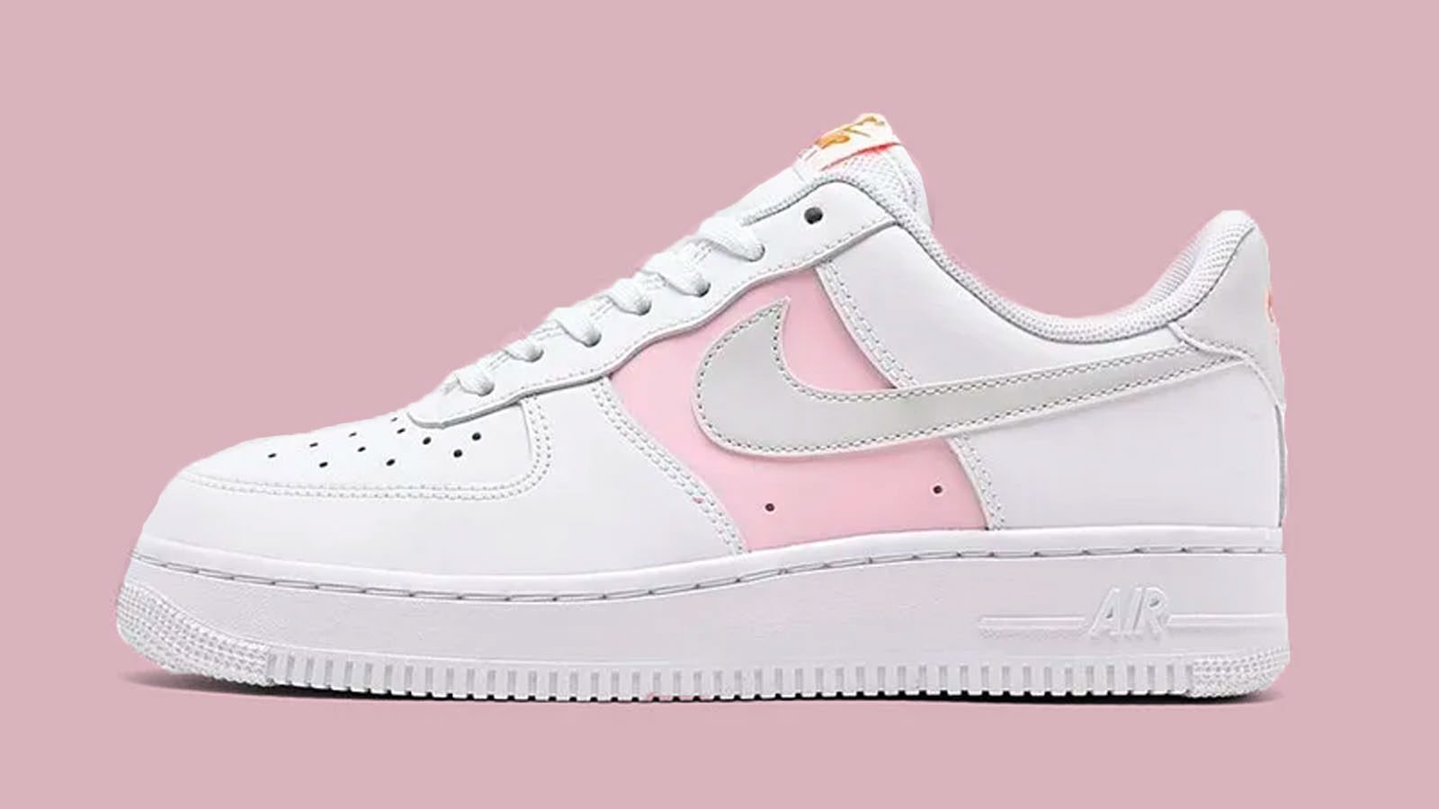 Of Pink On This Nike Air Force 1 Low SE