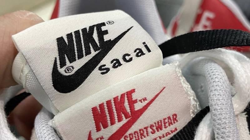 sacai x Nike Vapor Waffle Sail Sport Fuchsia Tongue