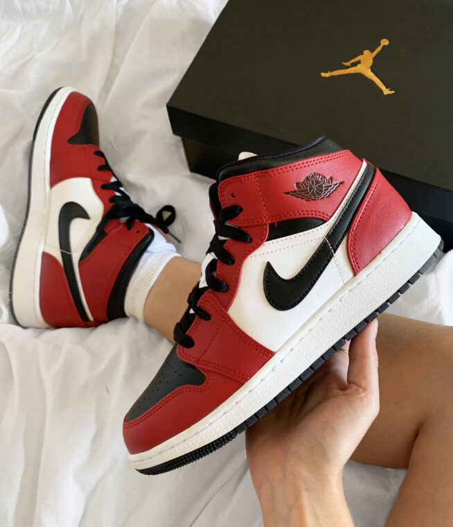 Free Giveaway Win This High Heat Air Jordan 1 Mid Chicago Black