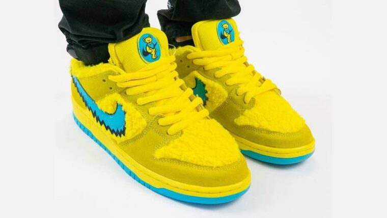 Grateful Dead x Nike SB Dunk Low Opti Yellow On Foot Front thumbnail image
