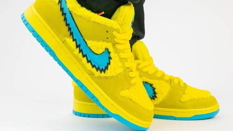 Grateful Dead x Nike SB Dunk Low Opti Yellow On Foot Side Front thumbnail image