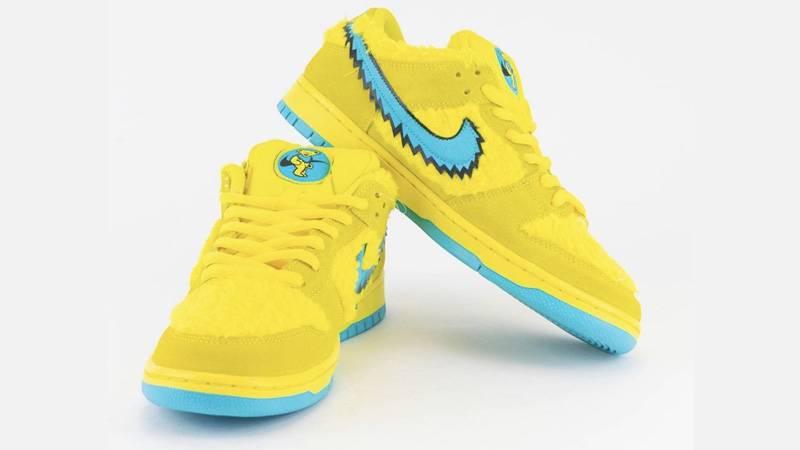 Grateful Dead x Nike SB Dunk Low Opti Yellow Slanted